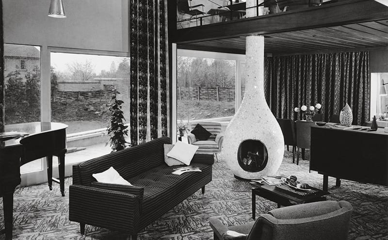 Tibor Reich House, designed 1956 in Stratford-upon-Avon – the central fireplace ('the Flaming Onion') was the room's focal point