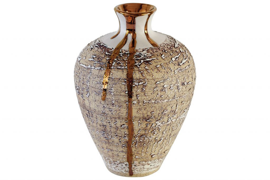 Nisi-Living-textured-vase-with-copper-lustre
