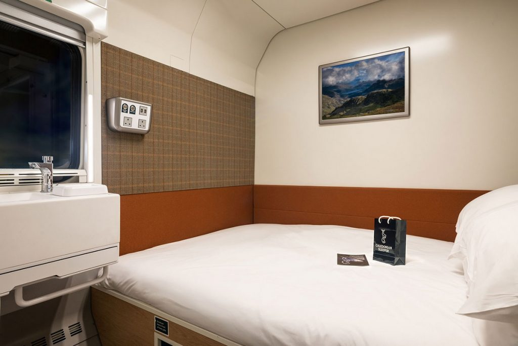 Caledonian-Sleeper-Double-bed.jpg