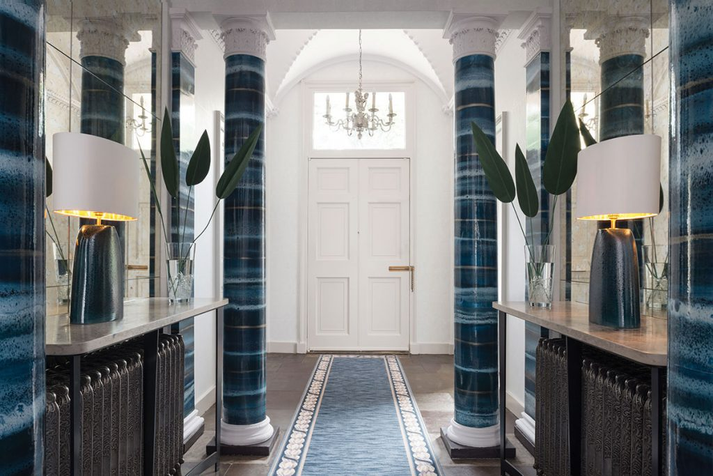 hallway-with-marble-pillars