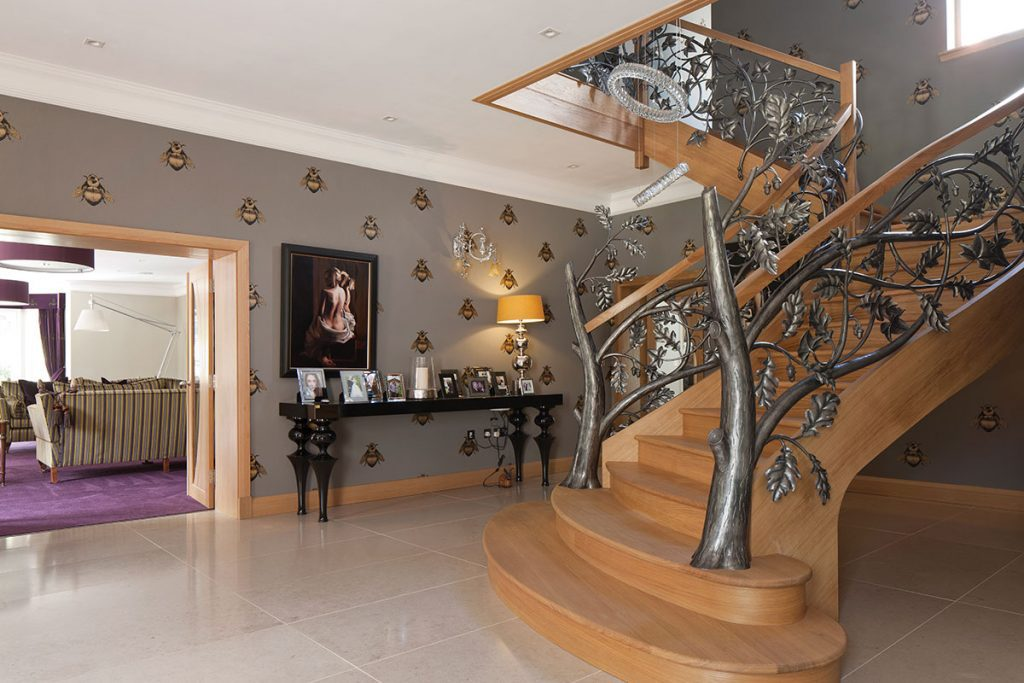 staircase-with-iron-leafwork