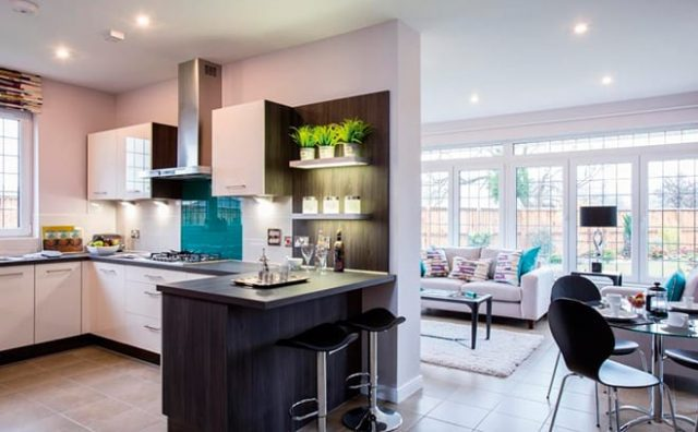 MacTaggert-Braemore-Typical-Lomond-kitchen-and-sunroom-compressed.jpg