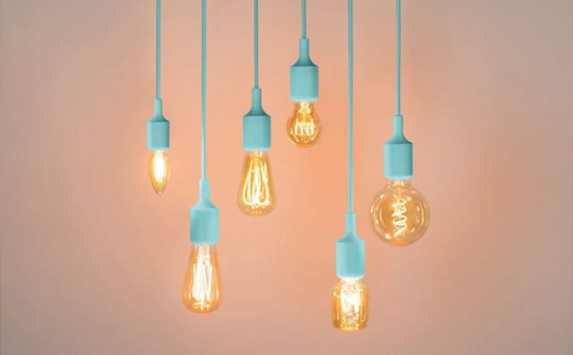 Plumen-0020_WattNott-LED-Filament-Light-Bulb-tinted-v2.jpg