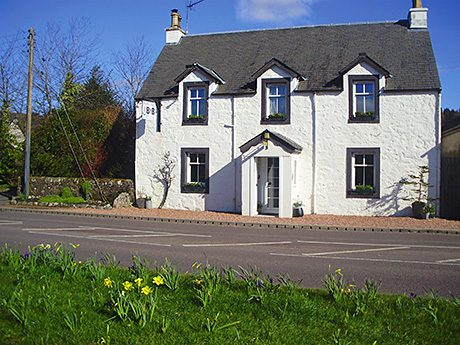 • Roslin Cottage in Callander is said to benefit from tourist trade due to its central location.