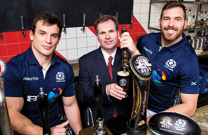25/11/15 DRYGATE BREWERY - GLASGOW Scotland's John Hardie (left) and Sean Lamont join Managing Director for Tennent Caledonian Breweries Alastair Campbell