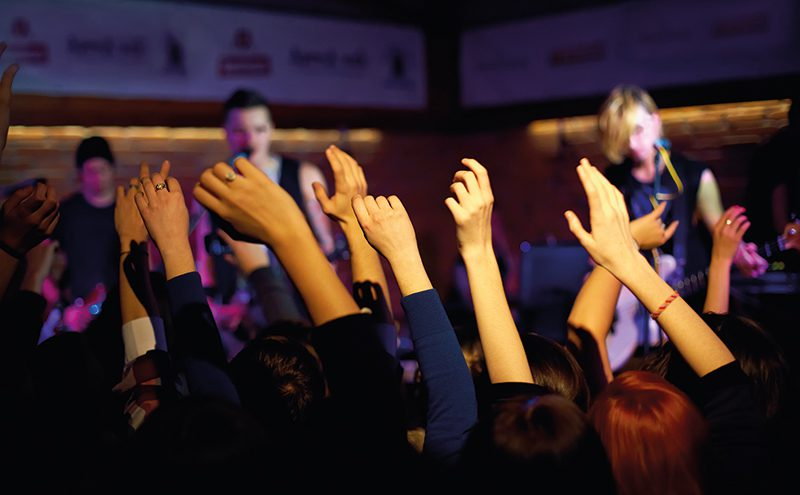 • Operators should consider using a variety of live and recorded music as part of their entertainment offer. According to PRS, sales directly increase in line with the number of live music sessions in pubs.