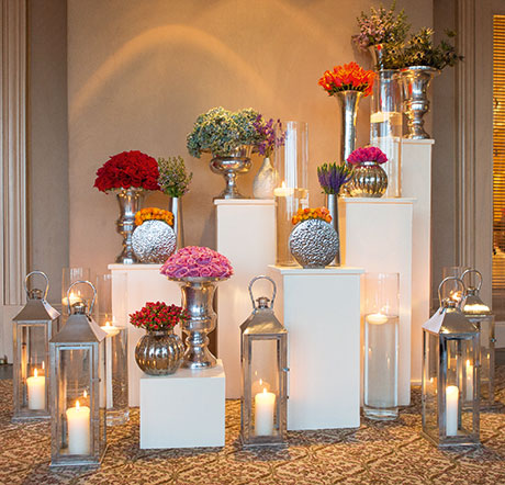 Planet Flowers plays with light and height in this stunning set-up