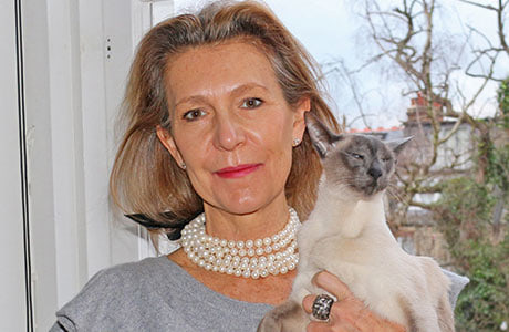 The glamorous designer with her beloved cat Max