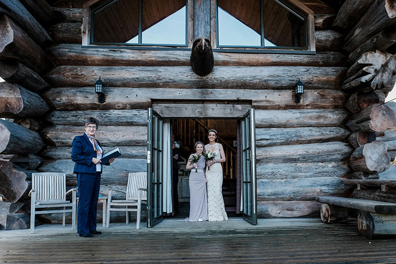 Brides at lodge