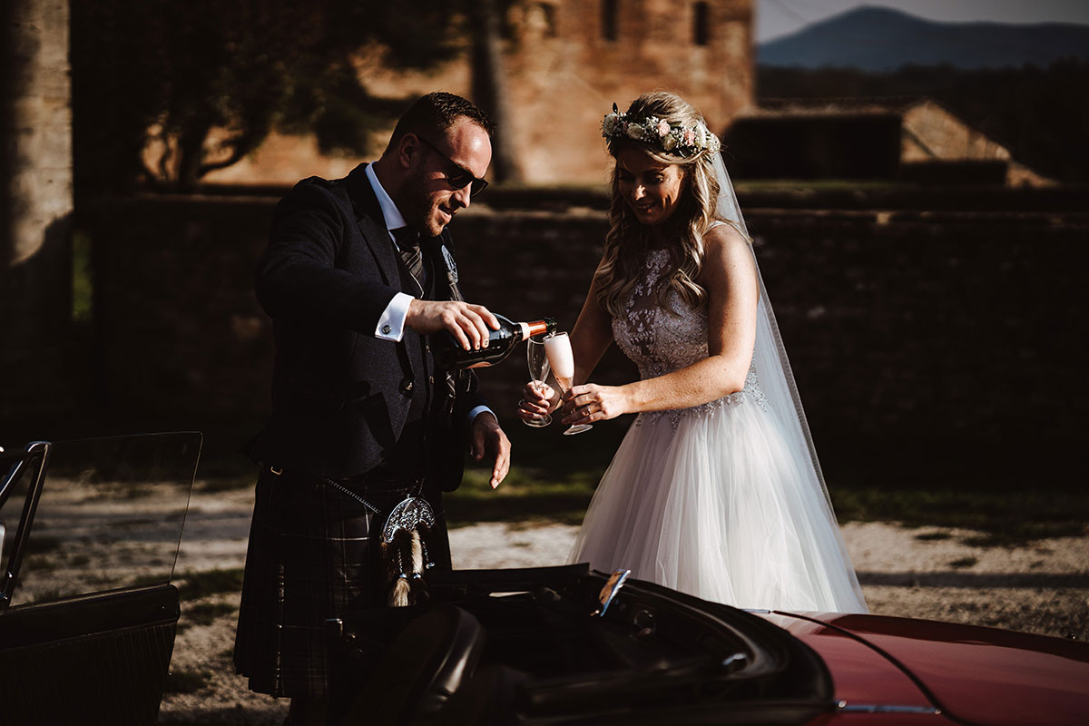 bride-and-groom-drinking-LPR-champagne