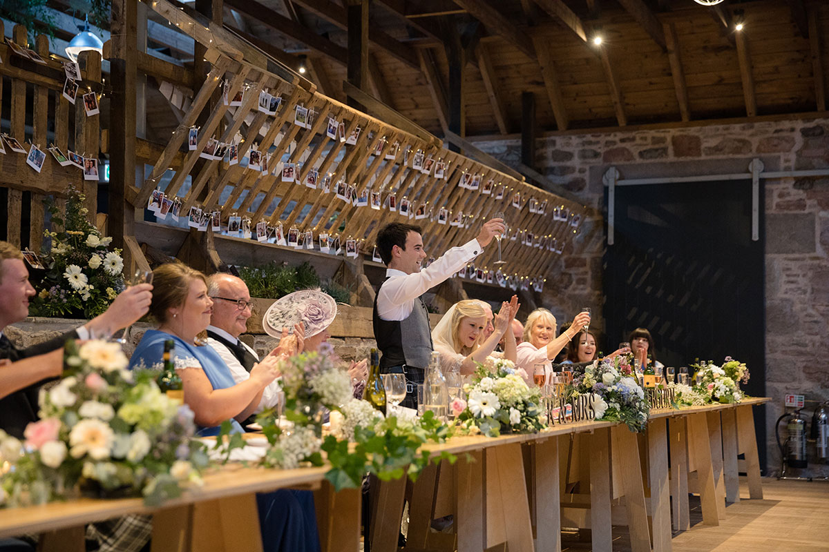 rustic-top-table-during-speeches