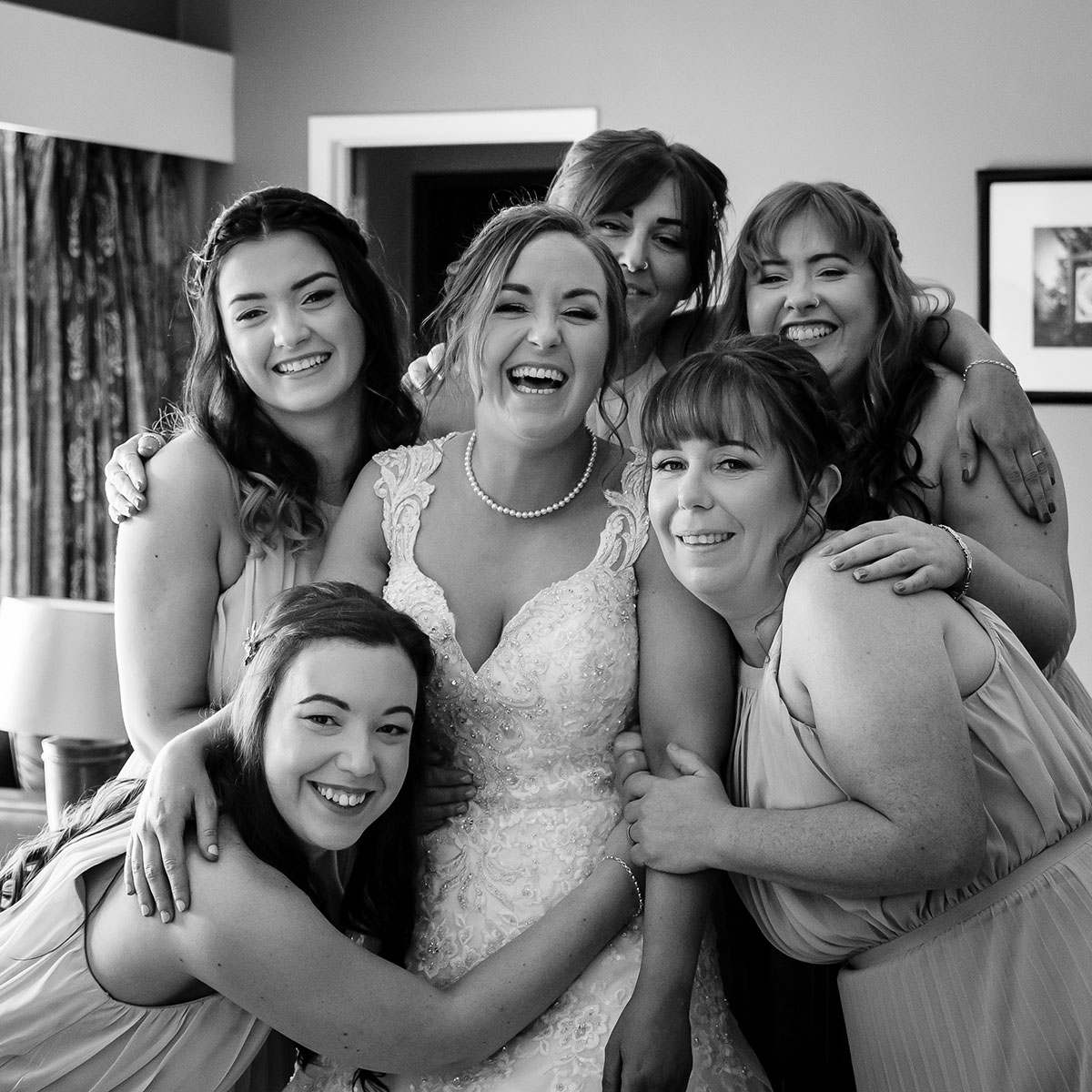 bride-and-bridesmaids-in-black-and-white
