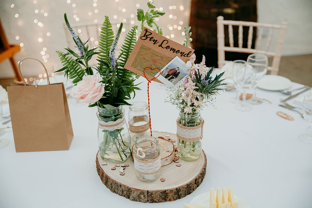 centrepiece-with-fresh-cut-flowers