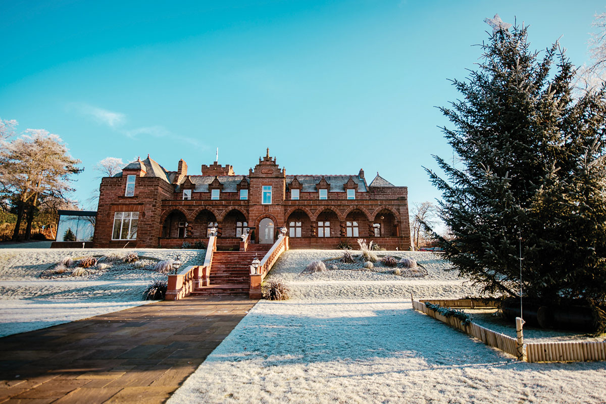 boclair-house-with-snow-outside