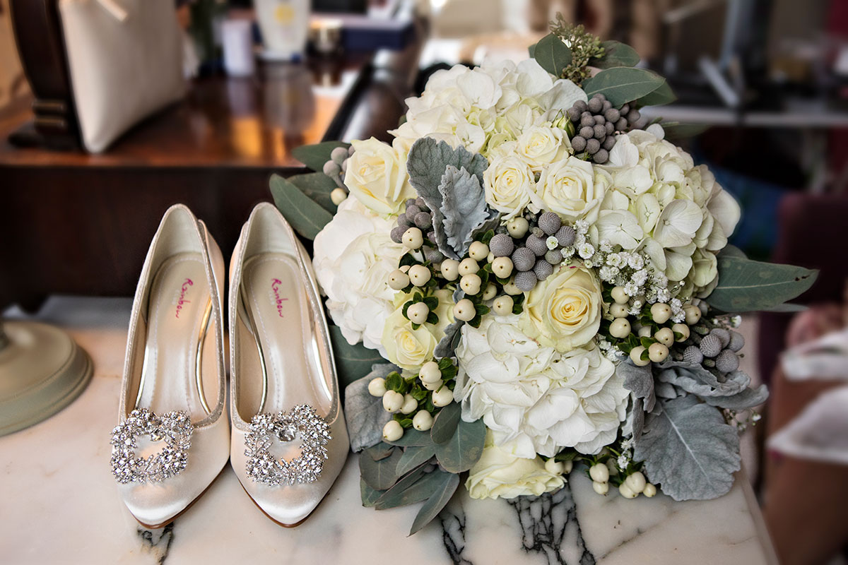 rainbow-club-shoes-with-wintery-bridal-bouquet