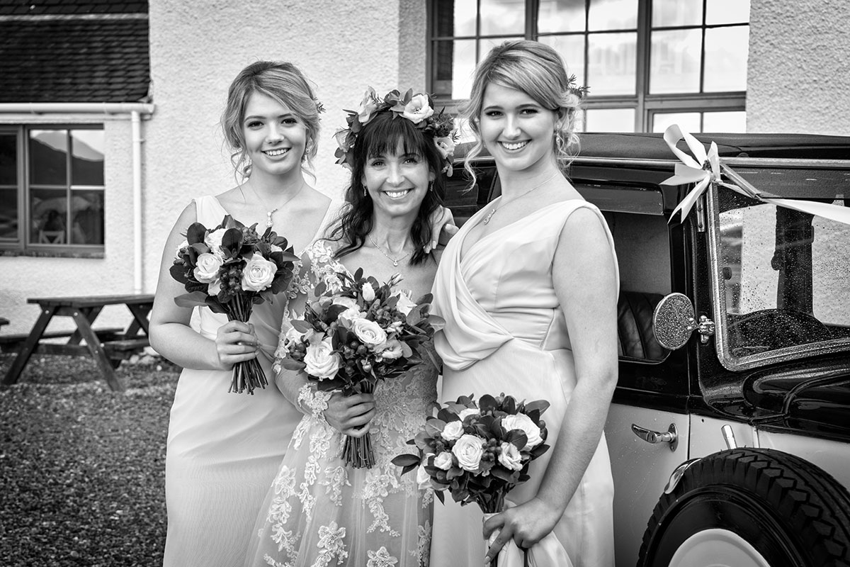 bride-and-bridesmaids-in-pink-dresses