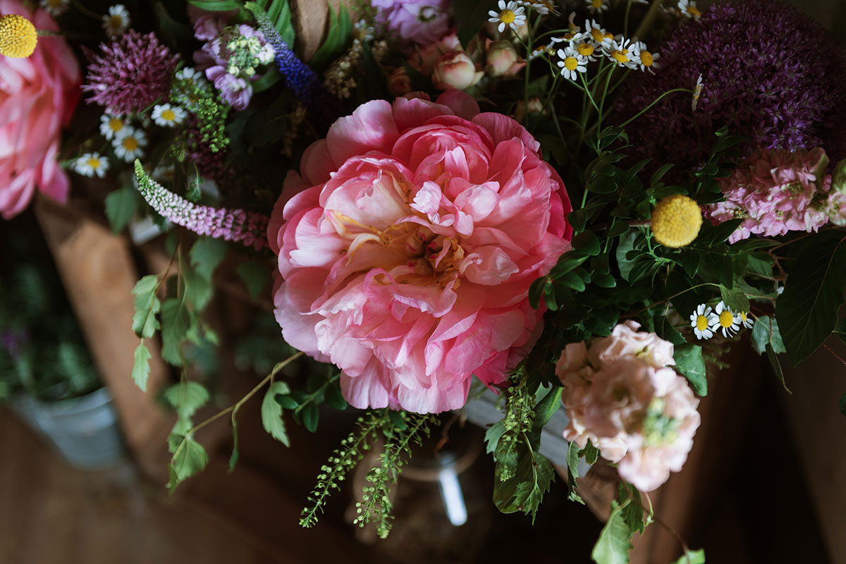 bridal-bouquet-with-colourful-flowers