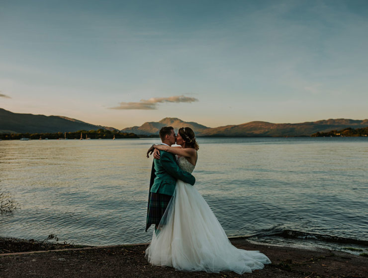 bride-and-groom-on-banks-of-loch-lomond