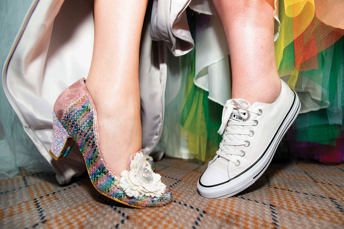 bridal-heels-and-converse-trainers