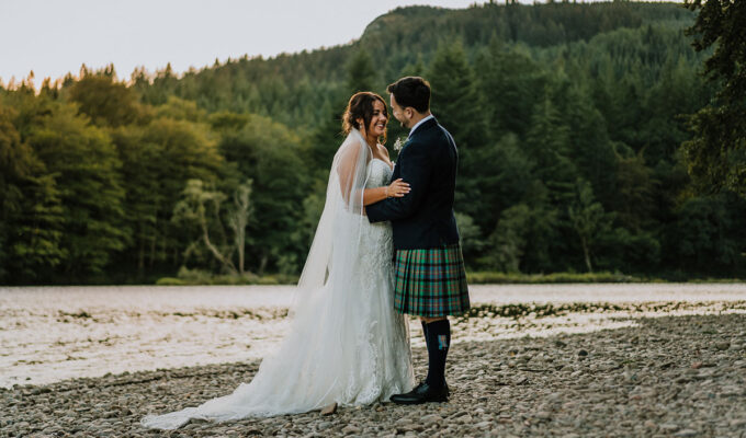 bride-and-groom-by-water-in-dunkeld