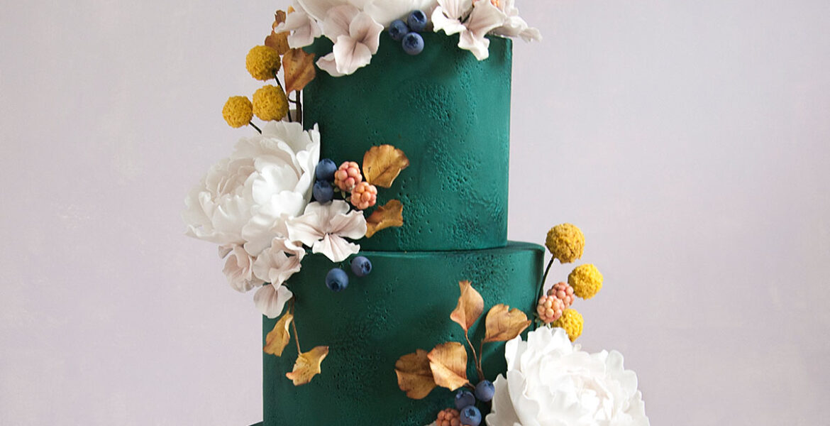 green autumn cake