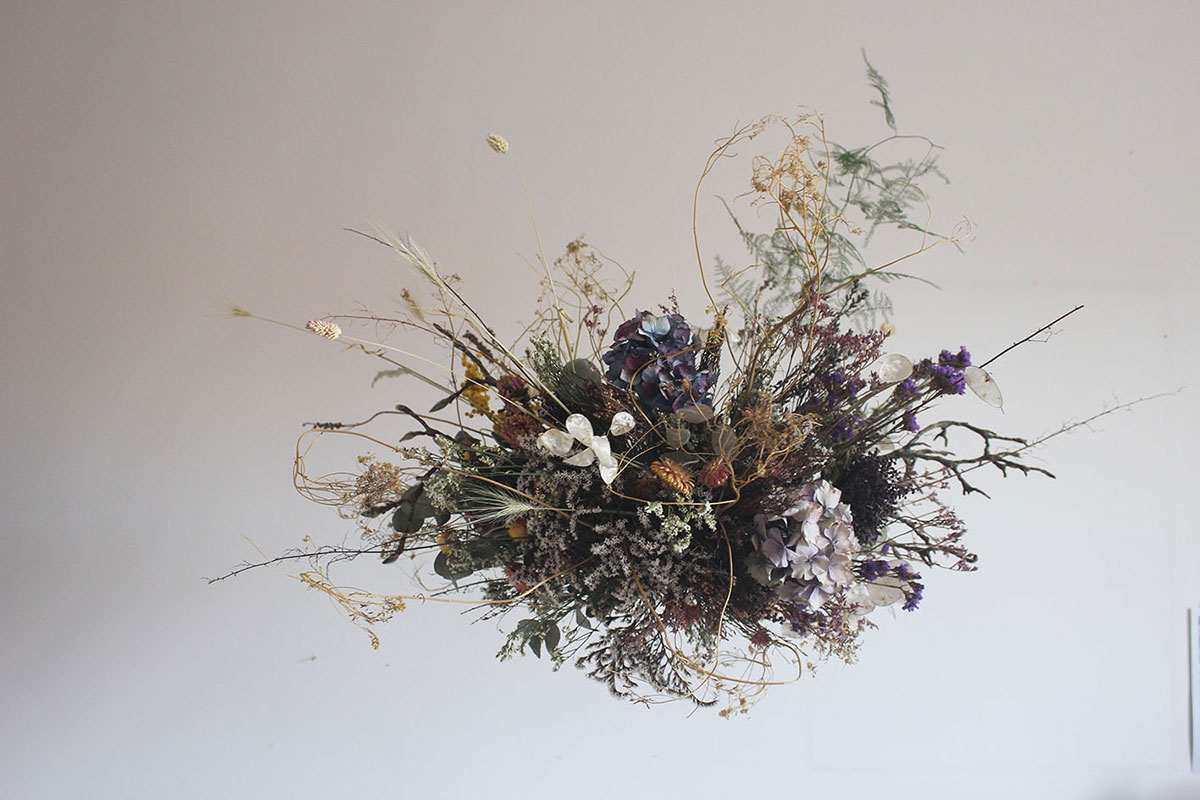 dried flower cloud installation