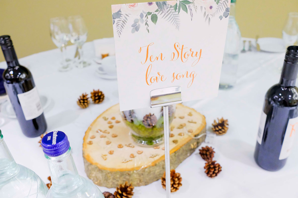 stone-roses-wedding-table-names