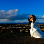 bride-groom-arthurs-seat-edinburgh-view-blue-sky
