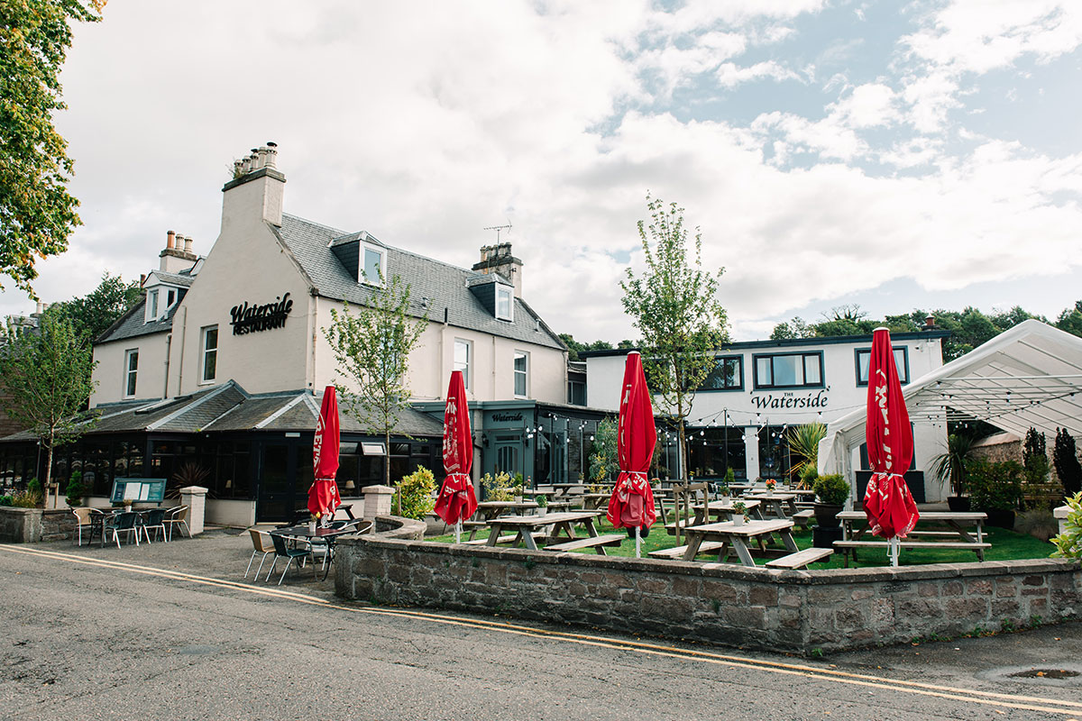 exterior of Waterside Hotel in Inverness