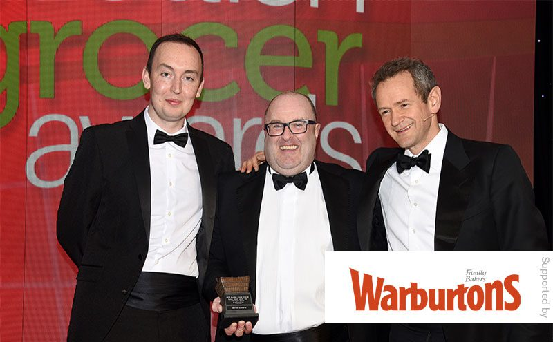 Alexander Armstrong presents the Bakery Retailer of the Year (Managed Store) Award, supported by Warburtons to David Dick, Scotmid Clarkston.