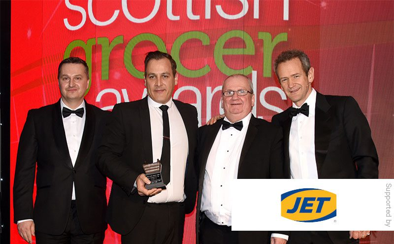 Alexander Armstrong presents the Family Business of the Year award to One Stop, Airbles Street, Motherwell.