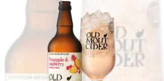 old-mout-PINEAPPLE_SERVE