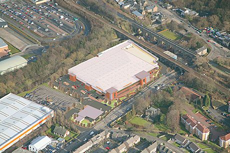 BARR Construction has stepped in to take over an Edinburgh supermarket job after the original contractor went bust.