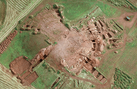 An aerial photograph of the excavation at Broxmouth.